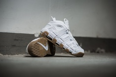 Thumb_235_representative_nike-air-more-uptempo-weiss-414962-103-mood-1-1